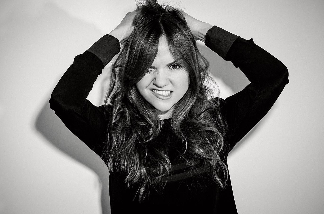 Tara Lynne Barr : Issue Magazine